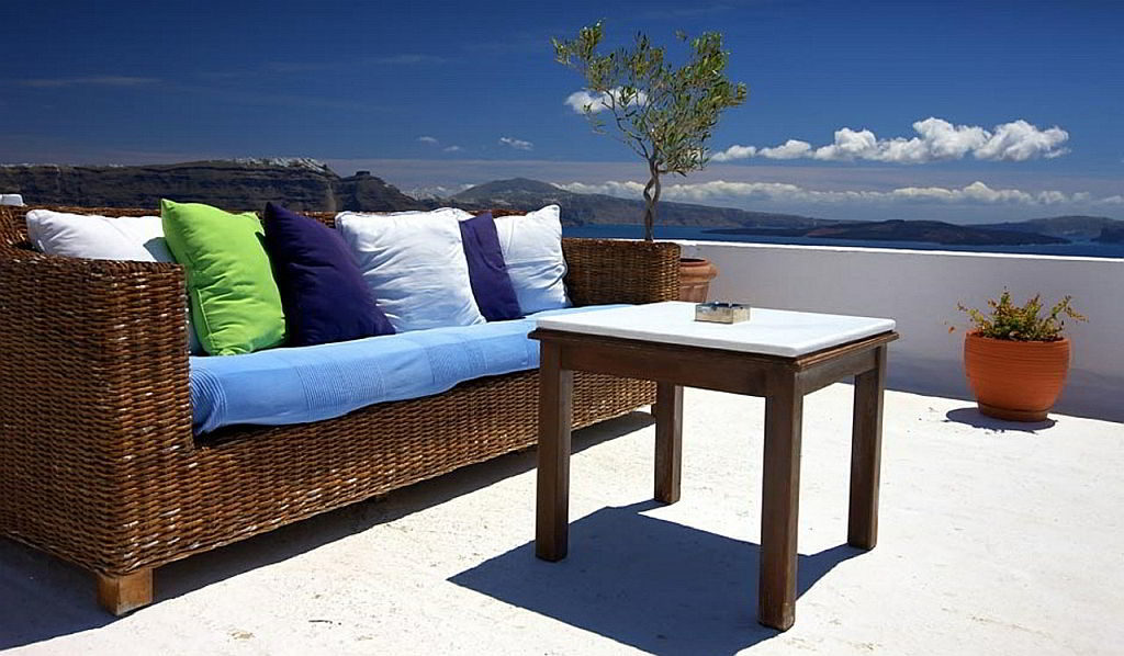 Timeless beauty of rattan patio furniture